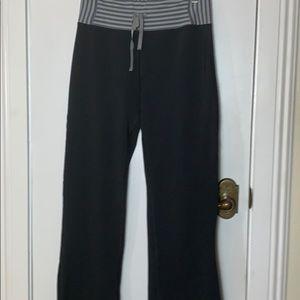 Aerie boot semi evase size med. long black pants